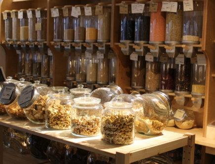 Schütten und Glasbehälter bei Tante Lose in Wangen im Allgäu