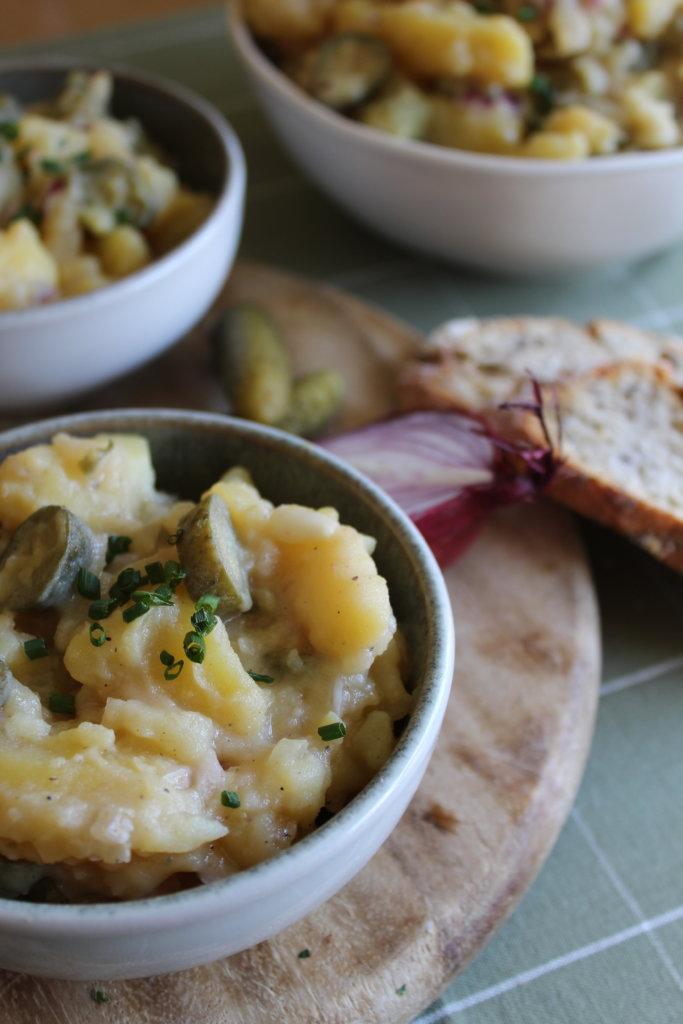 schwäbischer Kartoffelsalat mit Essiggurken